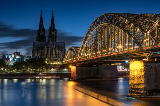 Cologne Nightscape 4
