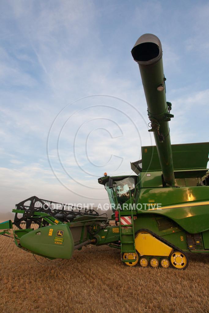 20120817-_MG_8697 | Weizenernte in der Dämmerung