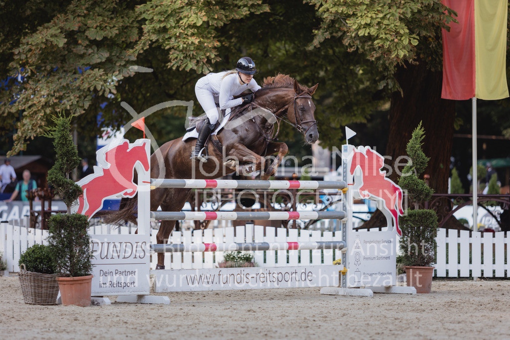 210912_OWLCh_YoungsterTrophy_7j-432   FUNDIS Youngster Tour (CSIYH1*) 1. Qualifikation für 7jährige Pferde international 1,35m