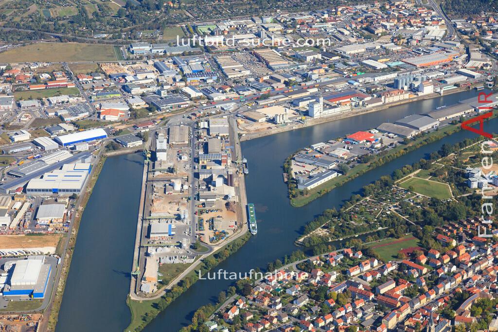 luftbild-bischberg-2015-5692 | Luftbild von  Bischberg - Luftaufnahme wurde 2015 von https://frankenair.de mittels Flugzeug (keine Drohne) erstellt - die Geschenkidee