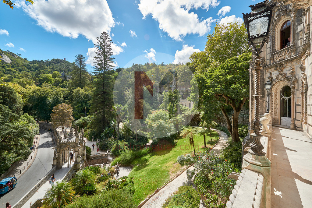 Der kleine Ort Sintra mit seinen Palästen, Schlössern und kleinen Gassen