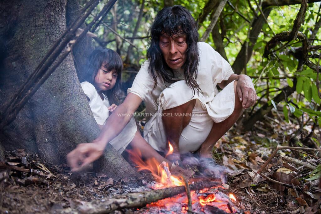 11-20170413-750_1721 | Mexiko, Chiapas, Metzabok, Juanito mit Sohn Lagerfeuer