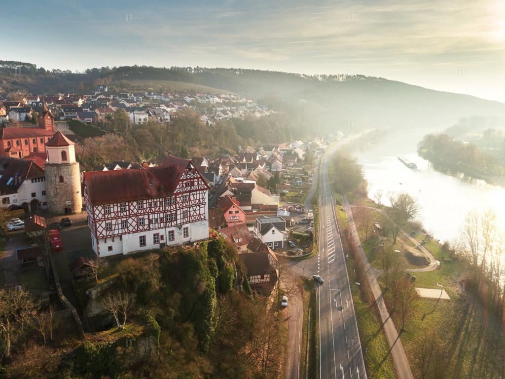 JS_DJI_0658_HDR3_Burg-Homburg