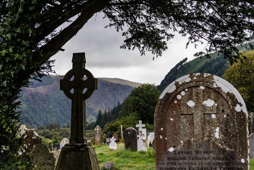 Ireland-Glendalough (3)