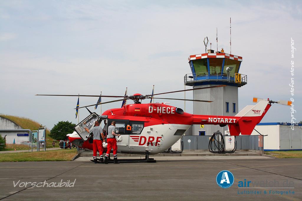 Flughafen Husum, DRF Luftrettung, BK 117 | Flughafen Husum, DRF Luftrettung, BK 117 • 4272 x 2848 pix