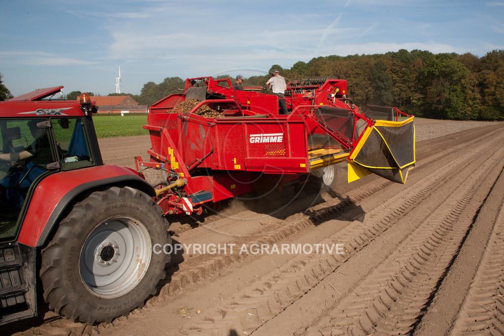 20110929-IMG_5909-ret | Ernte auf einem Kartoffelfeld - AGRARBILDER