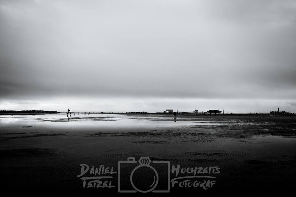Drüber Strandtag | Schwarz Weiss Nordseebild