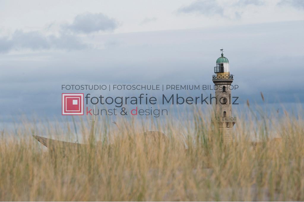 _Marko_Berkholz_mberkholz_MBE2087 | Die Bildergalerie Warnemünder Leuchturm des Fotografen Marko Berkholz, zeigen Tag und Nachtaufnahmen aus unterschiedlichen Perspektiven des über 100 Jahre alten Leuchtturms im Ostseebad Warnemünde.