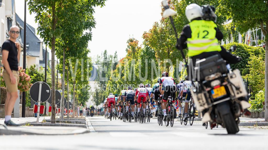 81st Skoda-Tour de Luxembourg 2021 | 81st Skoda-Tour de Luxembourg 2021, Stage 5 Mersch - Luxembourg; Luxembourg, 18.09.2021: The peloton racing through the city of Luxembourg