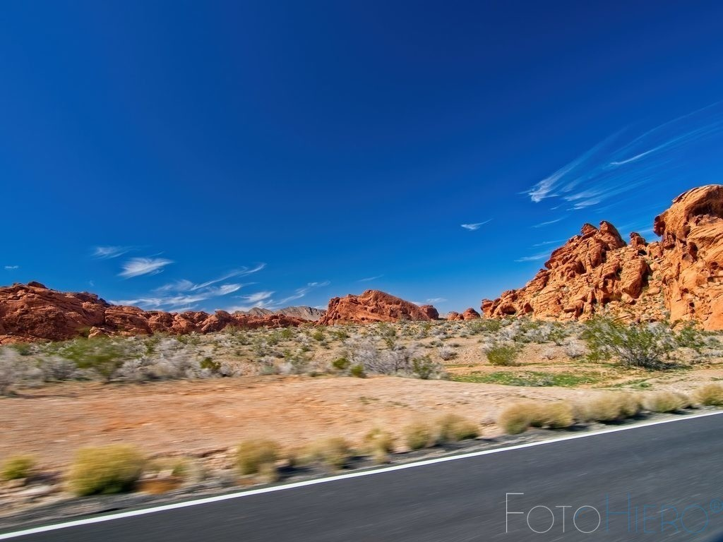 Valley of Fire senic road | Sandsteinformation neben der Strasse im Valley of Fire State Park, Nevada, USA