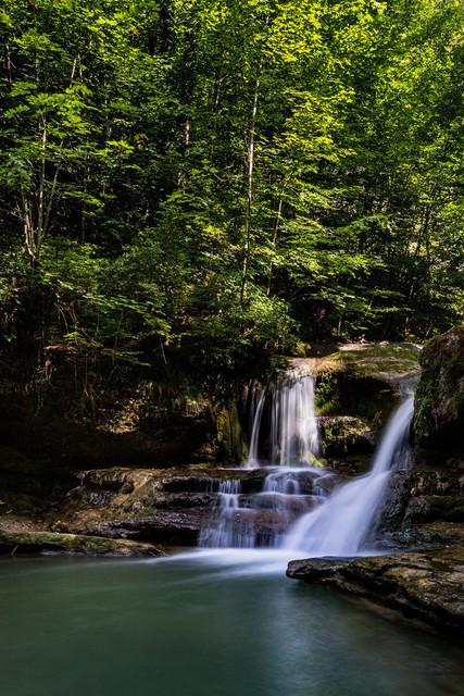 Ruhe | Im Kanton Zürich bilden Tobel eine Oase der Ruhe, besonders im Sommer mit den zahlreichen Wasserfällen.