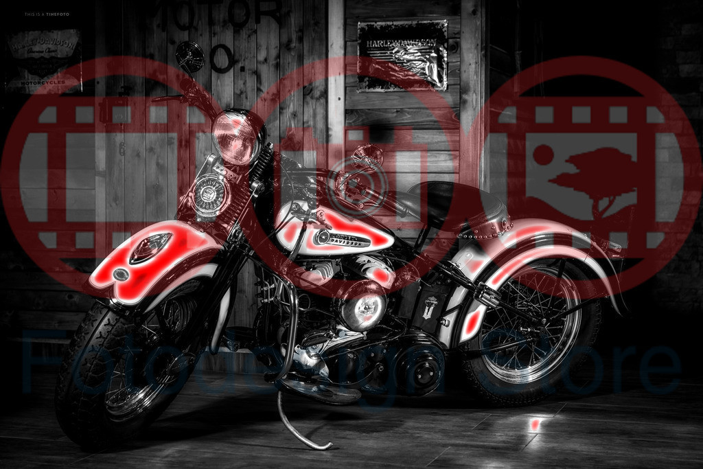 Red_Motorcycles_0009