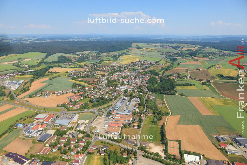 luftbild-untersiemau-2015-4774 | Luftbild von  Untersiemau - Luftaufnahme wurde 2015 von https://frankenair.de mittels Flugzeug (keine Drohne) erstellt - die Geschenkidee
