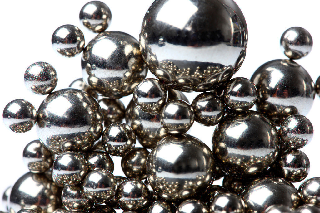 Kugelhaufen | Kugeln, aus Metal, Kugelhaufen, magnetisch gehalten.