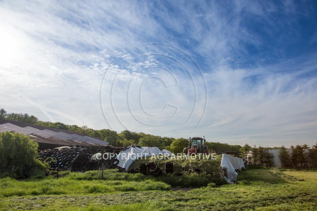20150511-IMG_1640 | Gras silieren - AGRARMOTIVE Bilder aus der Landwirtschaft
