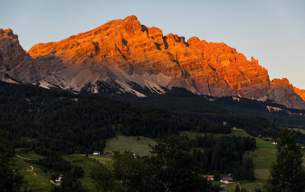 JT-180707-013   Südtirol, Trentino, Berge der Fanesgruppe, bei Badia, Abtei, Hauptteil des südlichen, oberen Gadertals im Gebirgsmassiven der Dolomiten , Teil des  Naturpark Fanes-Sennes-Prags,  Italien,
