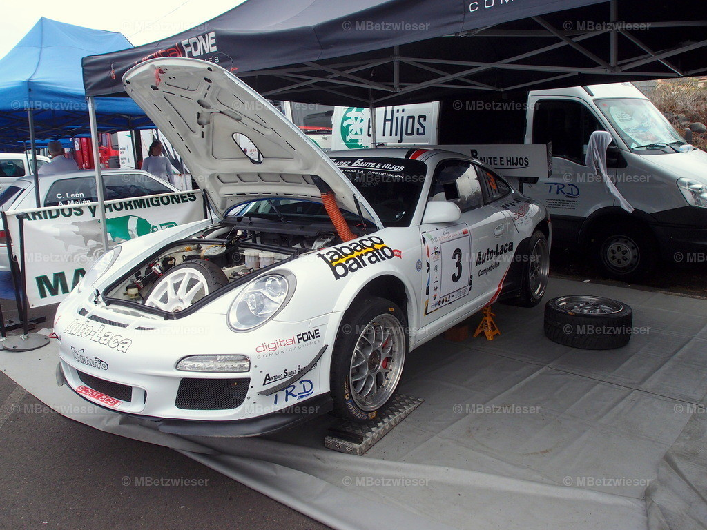 P9232318 | Mehrere Porsche sind am Start