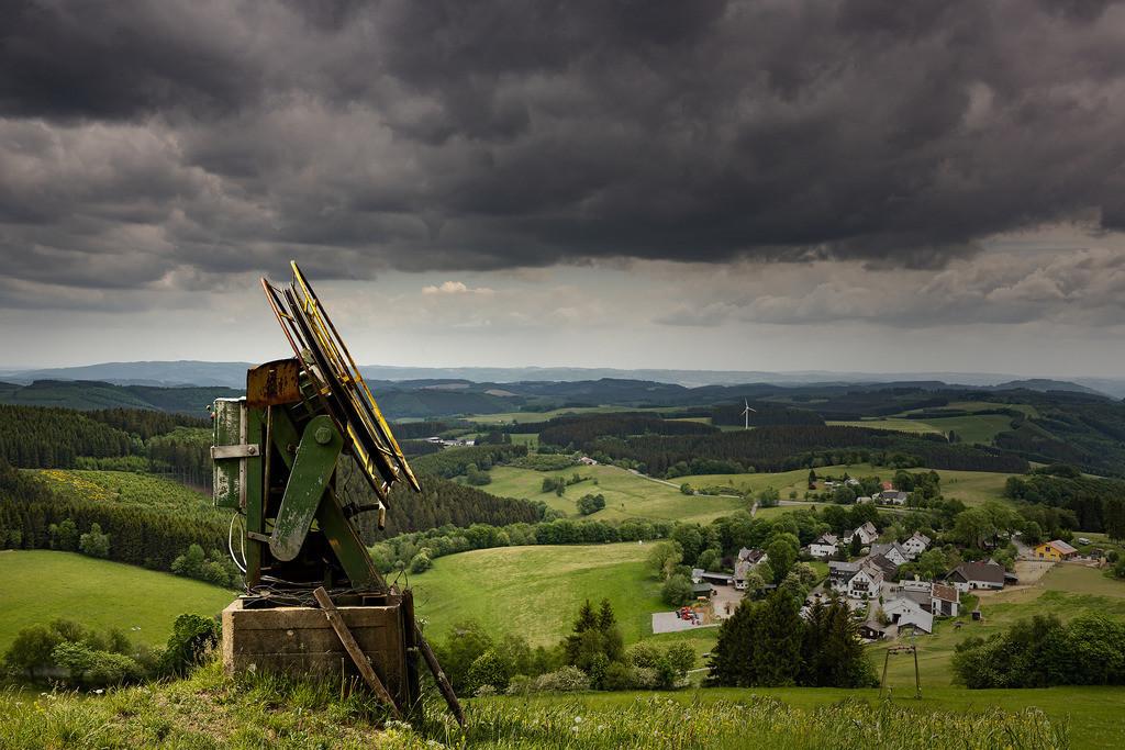 Düstere Stimmung am Berg | Dieses Bild wurde auf Wildewiese im Sauerland aufgenommen.