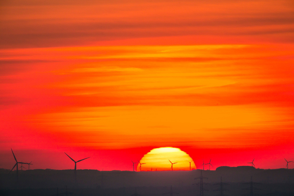 JT-160216-008 | Windenergieanlagen, Windkraftwerke, Ruhrgebiet, Niederrhein, Sonnenuntergang,