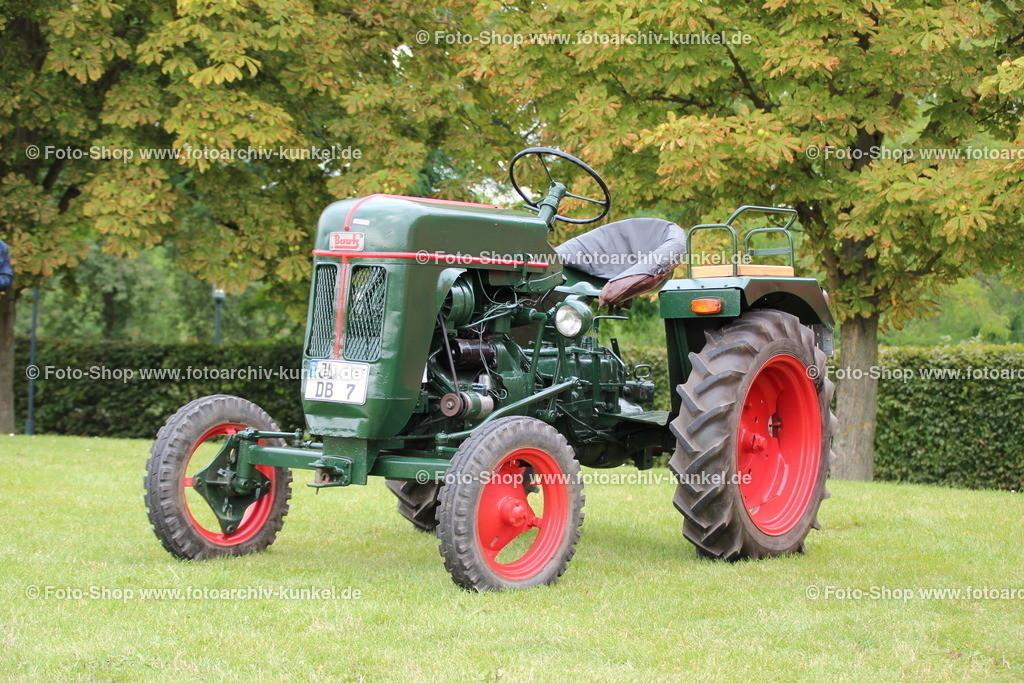 Bautz AS 122 B Traktor, Schlepper, 1956   Bautz AS 122 B Traktor, Schlepper, grün, Kennzeichen JL DB 7, Baujahr 1956, Bauzeit: 1952-1960, Motortyp: MWM AKD 112 E, Deutschland, BRD