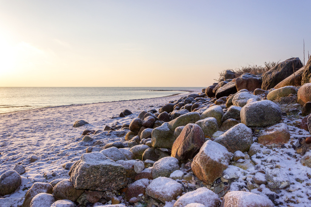 Strand in Booknis | Schnee am Strand in Booknis