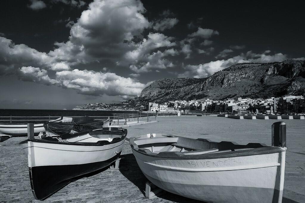 Lungomare di Aspra | Fischerboote am Strand von Aspra, Sizilien