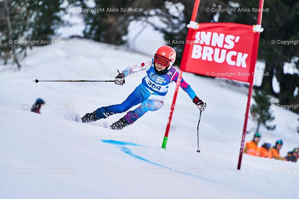 ALS5470_WWMG_GS-II_C | (C) FotoLois.com, Alois Spandl, WinterWorldMastersGames 2020 Innsbruck, Giant Slalom-II Gruppe C Damen, Patscherkofel Olympiaabfahrt, Mi 15. Jänner 2020.