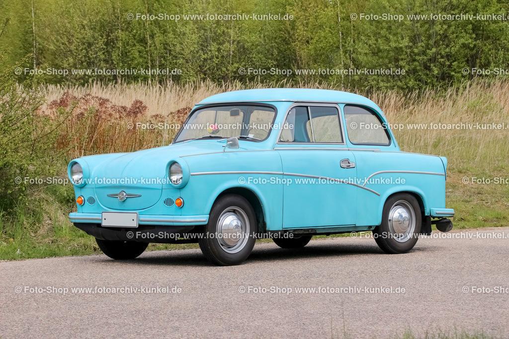 Trabant 500 Limousine (1957-1962) | Das erste Modell des Trabant war der 500er. Er wurde zwischen 1957 und 1962 in Zwickau als Nachfolger des IFA P 70 gebaut. Werksintern trug der 500er die Kennung P 50. Die Leistung des 500-cm³-Motors stieg von anfangs 17 PS auf 20 PS.