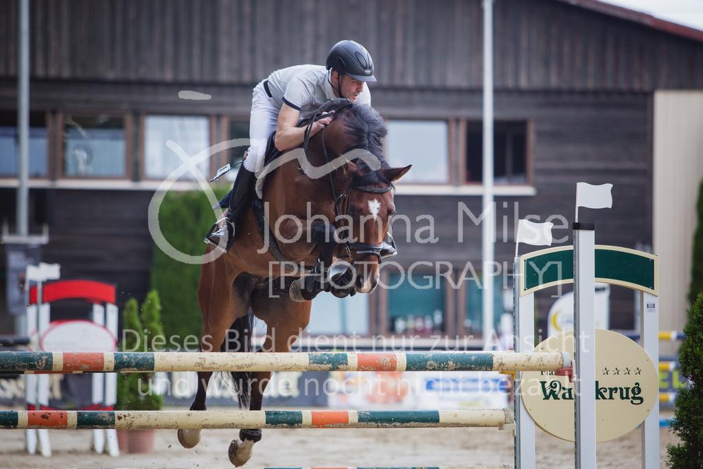 200821_Delbrück_Youngster-M-639   Delbrück Masters 2020 Springprüfung Kl. M* Youngster Springen 6-8jährige Pferde