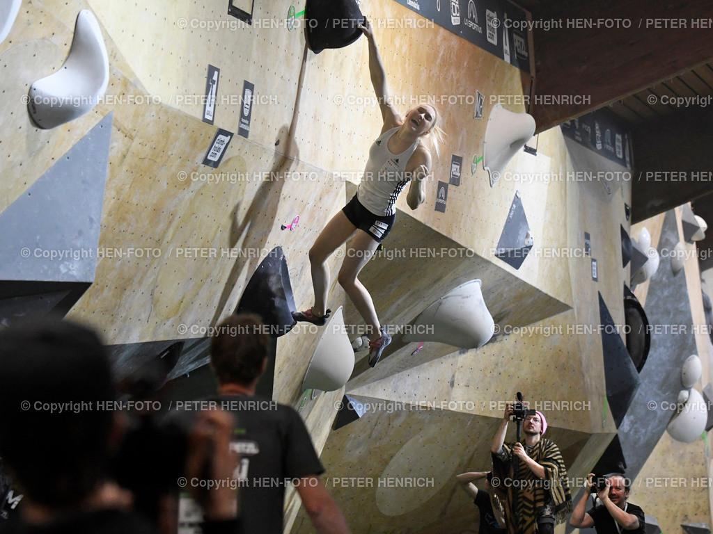 Boulder Master Pfungstadt Finale copyright HEN-FOTO | Boulder Master Pfungstadt Finale Weltmeisterin + Siegerin Janja Garnbret copyright + Foto: Peter Henrich (HEN-FOTO)