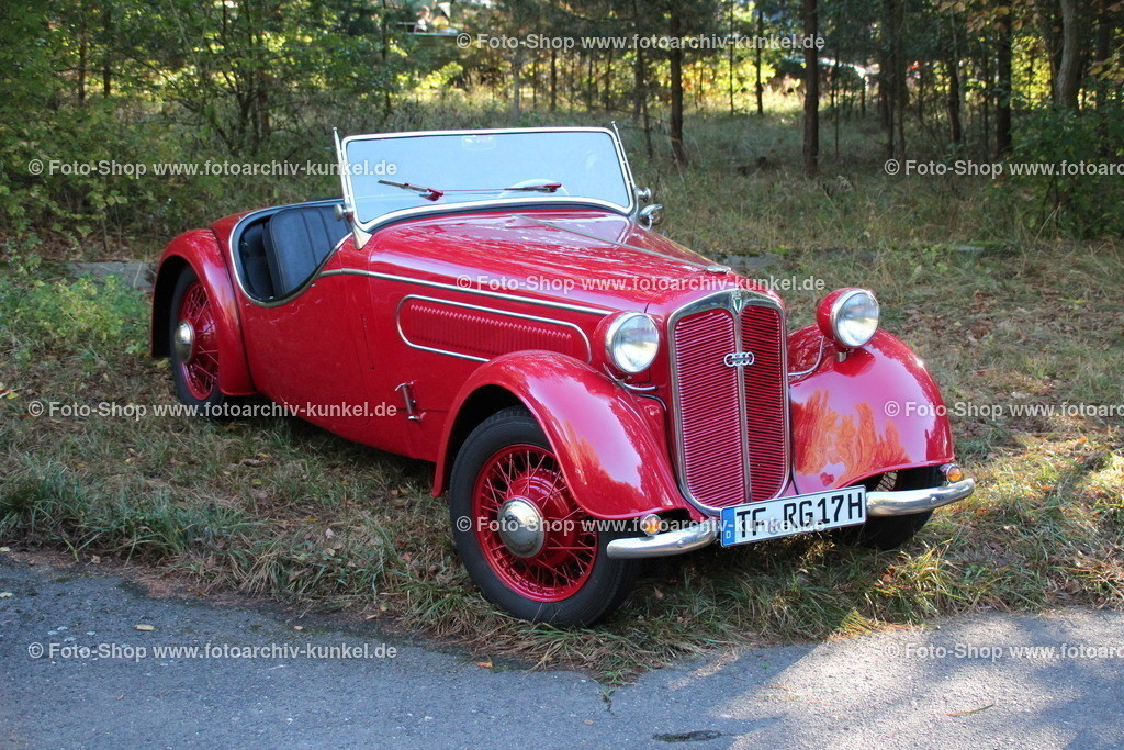 DKW F 5 k Front-Luxus Sport Roadster 2 Türen, 1936-37   DKW F 5 k Front-Luxus Sport Roadster 2 Türen, Farbe: Rot, Bauzeit 1936-1937, DKW-Frontwagen, 2-Zylinder-Zweitakt-Motor, 692 cm³, Leistung 20 PS, Vmax 90 km/h, Hersteller: Auto Union im Audi-Werk Zwickau, Deutschland, Deutsches Reich