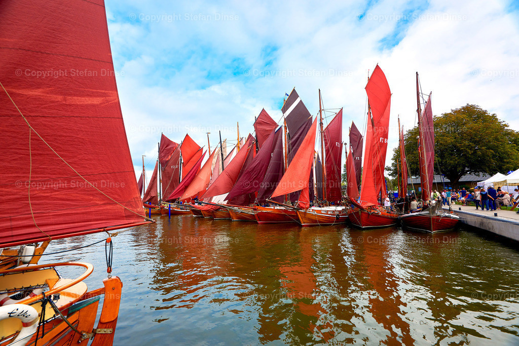 annually traditional Zeesboat regatta in Bodstedt nearby Fischland Darss Zingst on 2016-09-03 | annually traditional Zeesboat regatta in Bodstedt nearby Fischland Darss Zingst on 2016-09-03