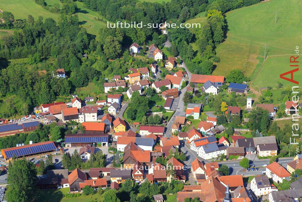kulmbach-2015-1980   Luftbild von  Kulmbach - Luftaufnahme wurde 2015 von https://frankenair.de mittels Flugzeug (keine Drohne) erstellt - die Geschenkidee