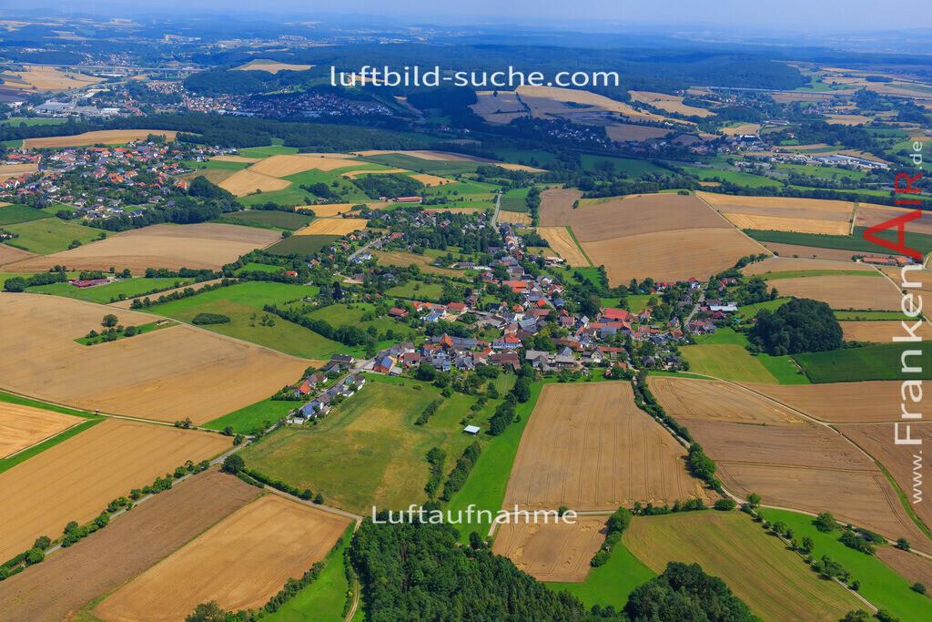 stoeppach-untersiemau-17-4935 | Luftbild von Stoeppach Untersiemau - Luftaufnahme wurde 2017 von https://frankenair.de mittels Flugzeug (keine Drohne) erstellt - die Geschenkidee