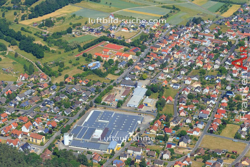 trosdorf-bischberg-2015-144 | Luftbild von Trosdorf Bischberg - Luftaufnahme wurde 2015 von https://frankenair.de mittels Flugzeug (keine Drohne) erstellt - die Geschenkidee