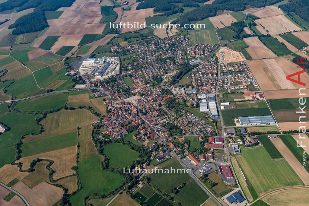 uehlfeld-19-566 | aktuelles Luftbild von Uehlfeld   - Luftaufnahme wurde 2019 von https://frankenair.de mittels Flugzeug (keine Drohne) erstellt.
