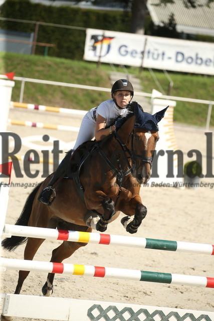 Durmersheim_2020_Amazonen-Springprfg_Kl.S_Rebecca Hotz_Akatie (6)