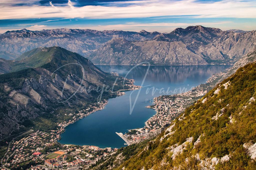 Bucht von Kotor   Die Bucht von Kotor mit dem Ort Kotor