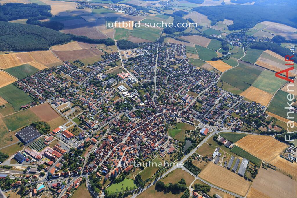 knochenhof-markt-erlbach-2015-5021 | Luftbild von Knochenhof Markt-erlbach - Luftaufnahme wurde 2015 von https://frankenair.de mittels Flugzeug (keine Drohne) erstellt - die Geschenkidee