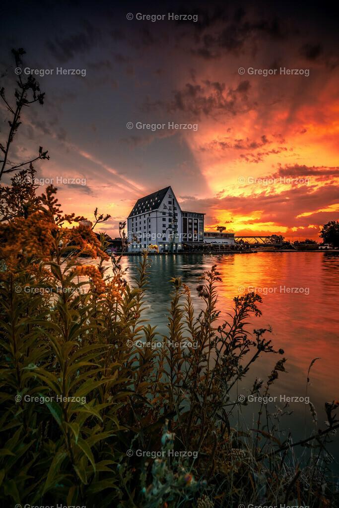 Farbexplosion am Hafen | Hafen Münster erwacht mit einem wunderschönen Sonnenaufgang.
