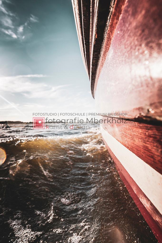 @Marko_Berkholz_mberkholz_MBE6846 | Die Bildergalerie Zeesenboot | Maritim | Segel des Warnemünder Fotografen Marko Berkholz zeigt maritime Aufnahmen historischer Segelschiffe, Details, Spiegelungen und Reflexionen.