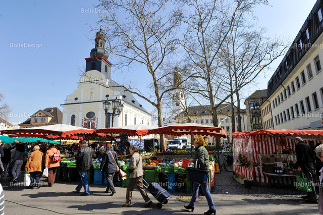 20140328_0108 | FT, Rathausplatz, Wochenmarkt