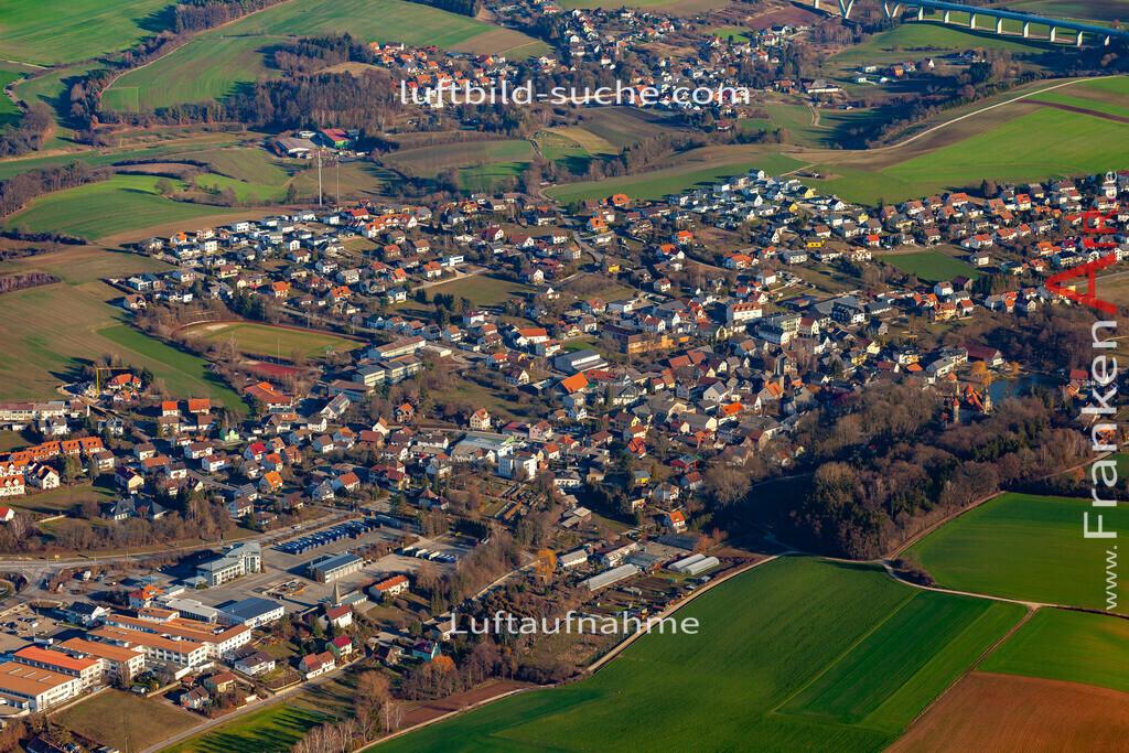 untersiemau-19-309 | aktuelles Luftbild von  Untersiemau - Luftaufnahme wurde 2019 von https://frankenair.de mittels Flugzeug (keine Drohne) erstellt.