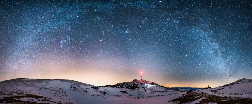 Nachts am Dobratsch    Nachtaufnahme von Kärnten, aufgenommen am Dobratsch bei Villach