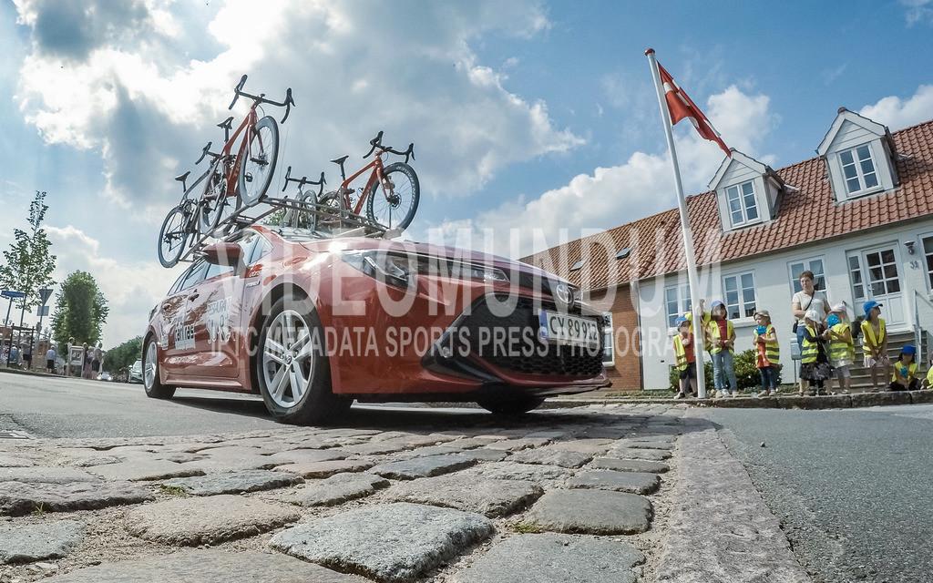 31st PostNord Danmark Rundt - Tour of Denmark 2021, Stage 03 Tonder - Vejle; Logumkloster, 12.08.2021 | 31st PostNord Danmark Rundt - Tour of Denmark 2021, Stage 03 Tonder - Vejle; Logumkloster, 12.08.2021, Restaurant Suri - Carl Ras team service car