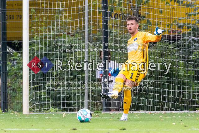 Fußball, Herren, Testspiel, Hamburger SV - FC Midtjylland, HSV-Trainingsplatz am Volksparkstadion, 20.08.2020 | Daniel Heuer Fernandes (#1, HSV, Torwart)