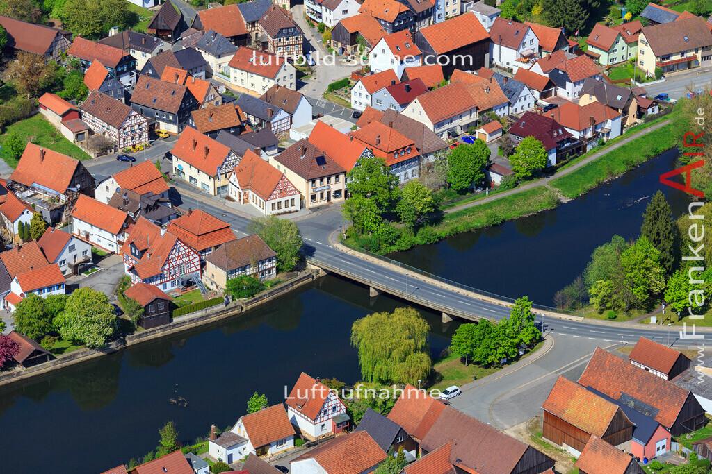 luftaufnahme-marktzeuln-17-276 | Luftbild von  Marktzeuln - Luftaufnahme wurde 2017 von https://frankenair.de mittels Flugzeug (keine Drohne) erstellt - die Geschenkidee