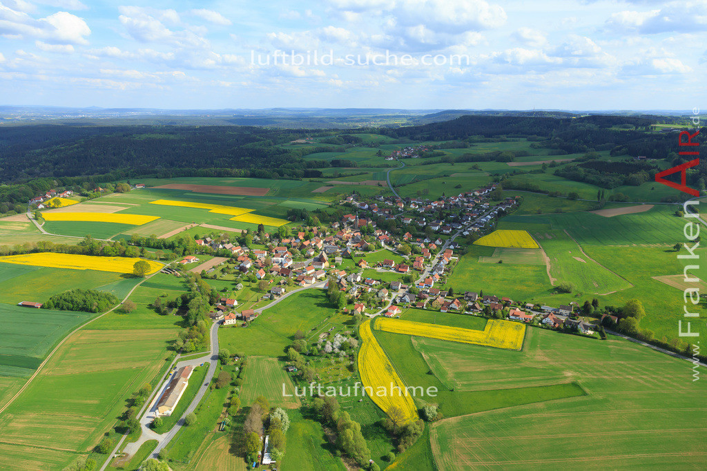 limmersdorf-2015-157 | Luftbild von  Limmersdorf - Luftaufnahme wurde 2015 von https://frankenair.de mittels Flugzeug (keine Drohne) erstellt - die Geschenkidee