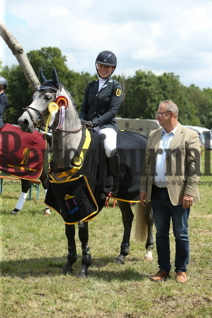 Lußhof_Championatsehrung_Landeschampionat_Geländepferde (4)