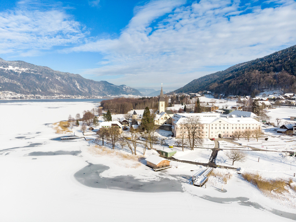 Ossiach | Luftbild vom Ossiacher See und Ossiach bei Villach